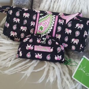 Vera Bradley Elephant Jewlery travel set.